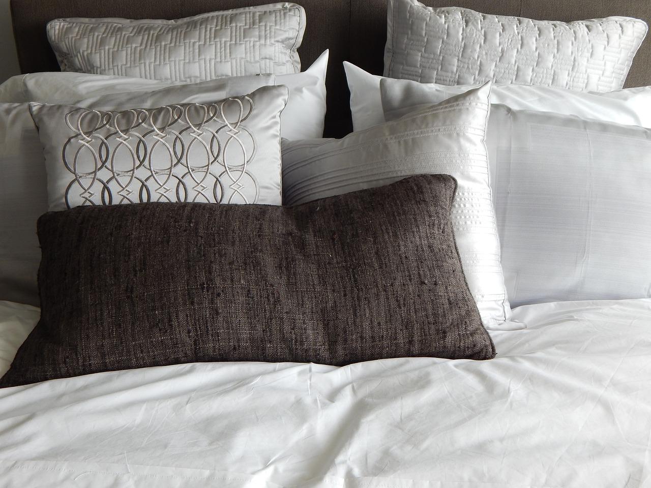 gut schlafen in sch ner bettw sche. Black Bedroom Furniture Sets. Home Design Ideas